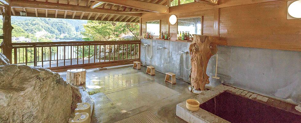 千葉亀山温泉 露天風呂