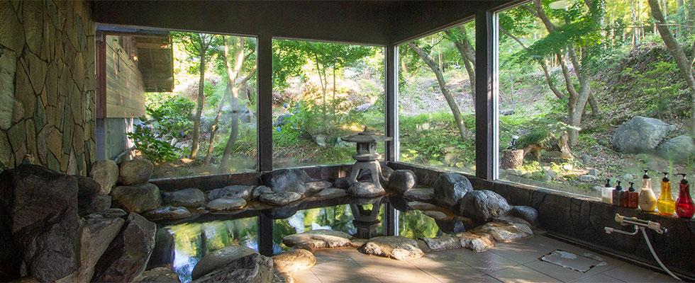 千葉亀山温泉 岩風呂